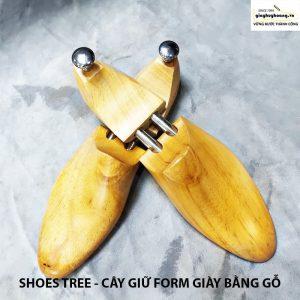 Cây giữ form giày bằng gỗ cao cấp huy hoàng 001